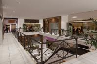 projeto corporativo arquitetura clássica galeria lojas shopping joias Mercado limeira avenida costa silva reforma arquiteto patio interno escada rolante escada em curva